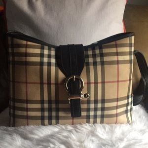 Authentic  Vintage Burberry